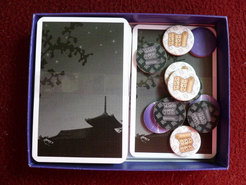 All the components in the Hanabi box